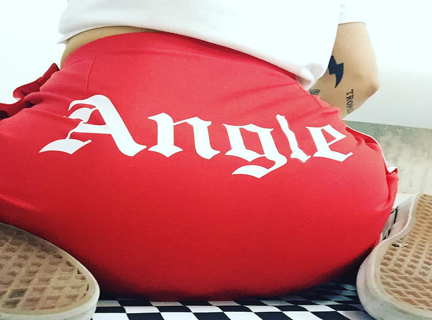 블랙피치ANGLE Side Button Up Mini Skirt