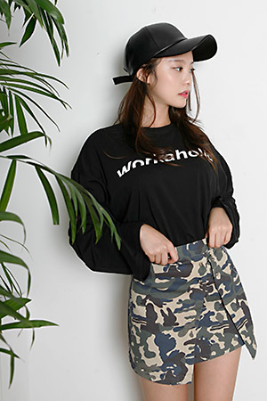 블랙피치(sample sale) WORKAHOLIC LONG SLEEVE TEE