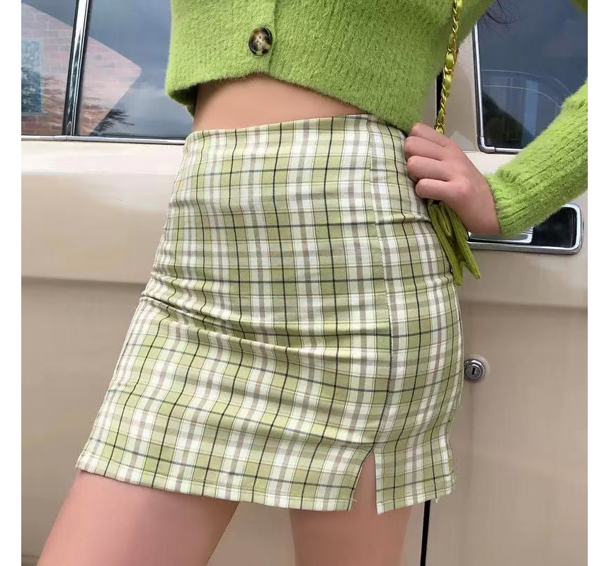 mini skirt model image-S1L36
