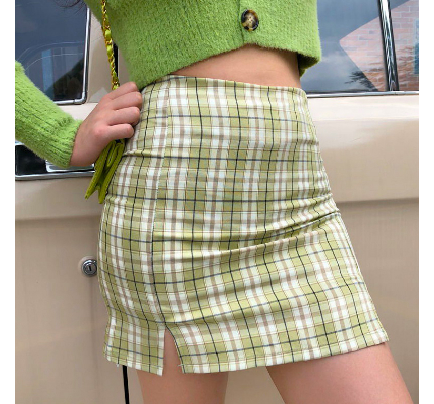 mini skirt model image-S1L35