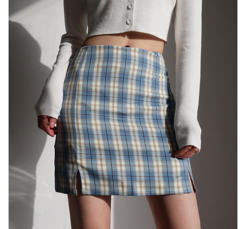 mini skirt model image-S1L78