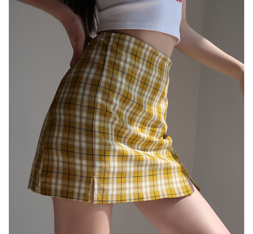 mini skirt model image-S1L77
