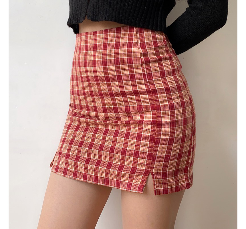 mini skirt model image-S4L22