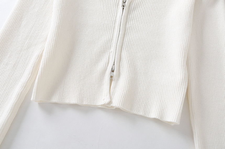 dress detail image-S1L29