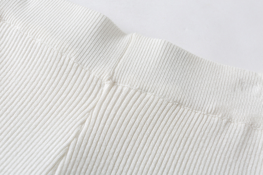 dress detail image-S1L33