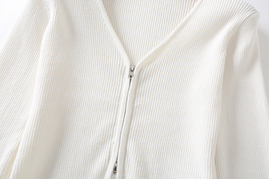 dress detail image-S1L28